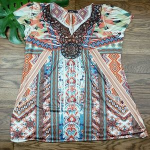 APT 9 colorful top size 1x